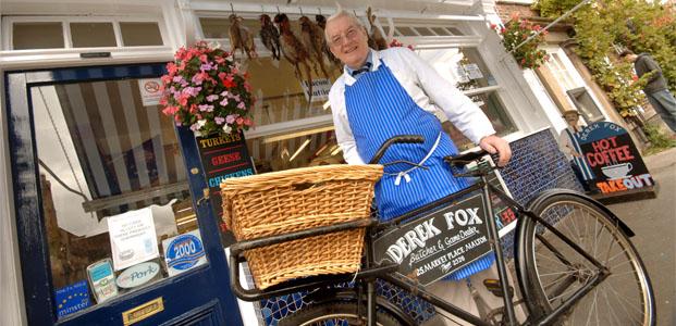 Featured 0002s 0001s 0001 derek fox bicycle solo.tif