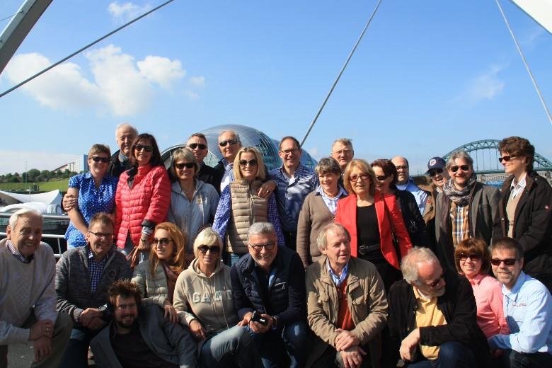 Group-on-Millennium-Bridge-with-Alex