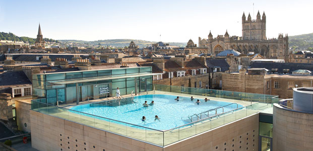 The Thermae Bath Spa rooftop swimming pool