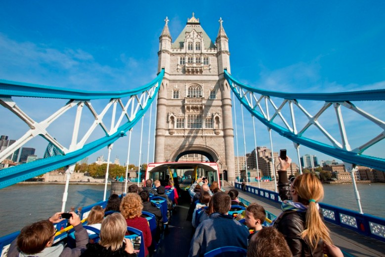 Original-Tour-Bus-Tower-Bridge-LR