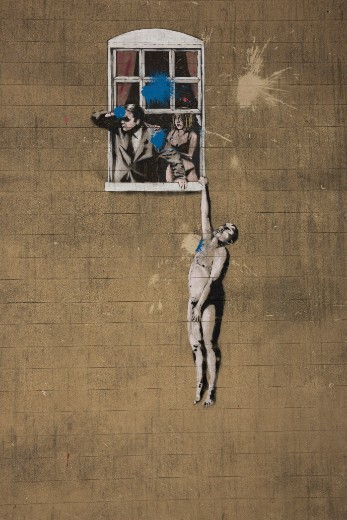 Banksy-Well-Hung-Lover_CREDIT_Visit-England