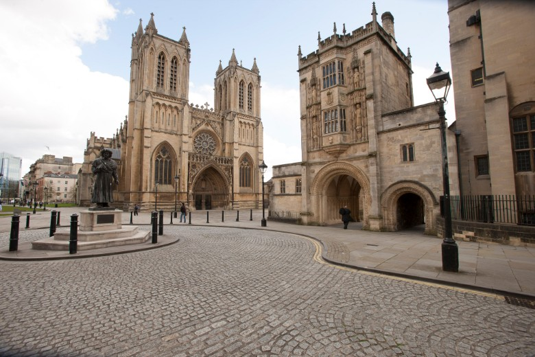 Bristol-Cathedral-and-Central-Library_CREDIT_Visit-England-1