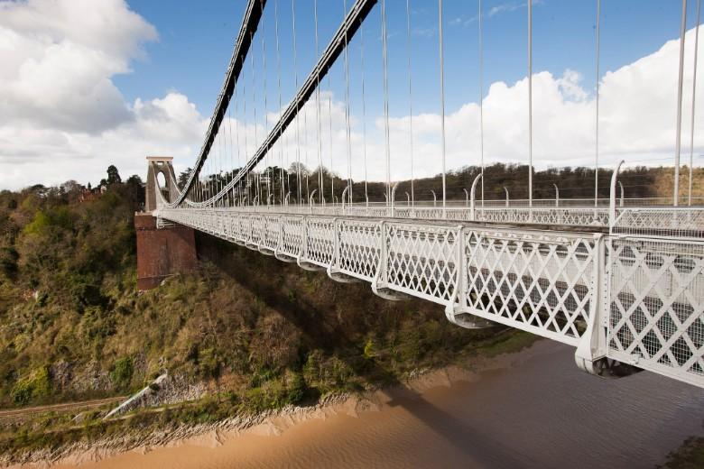 Clifton-Suspension-Bridge-Long_CREDIT_Visit-England